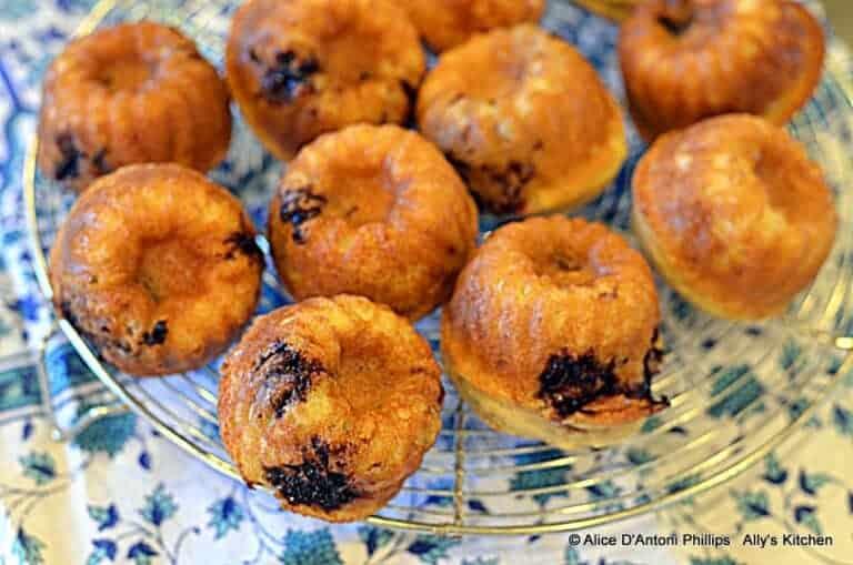 Blackberry Ricotta Muffins