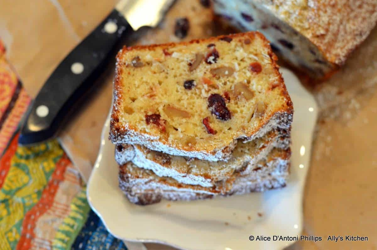 Applesauce Coconut Cranberry Walnut Bread