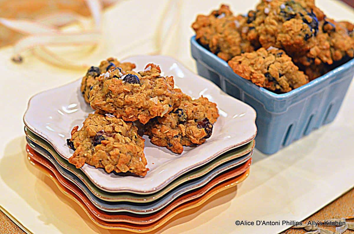 Wild Blueberry & Salty Pistachio Oatmeal Cookies