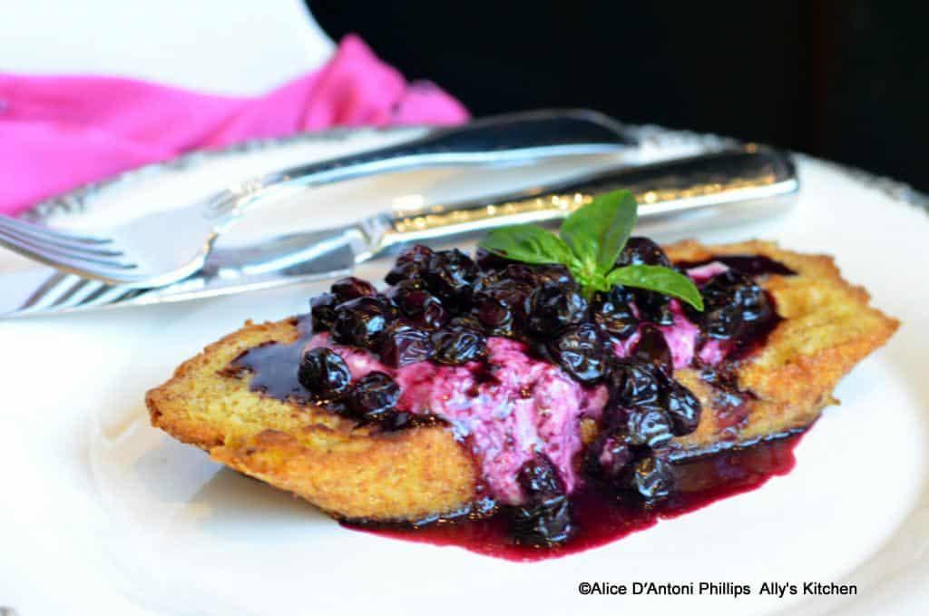 Amaretto Fresh Blueberry Sauce