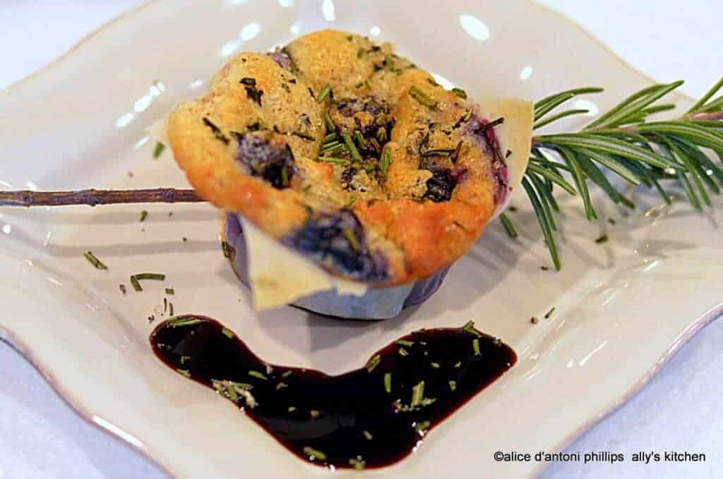 Springroll Blueberry & Rosemary Puffs