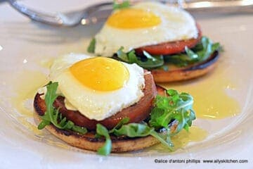 Breakfast Salad Eggs