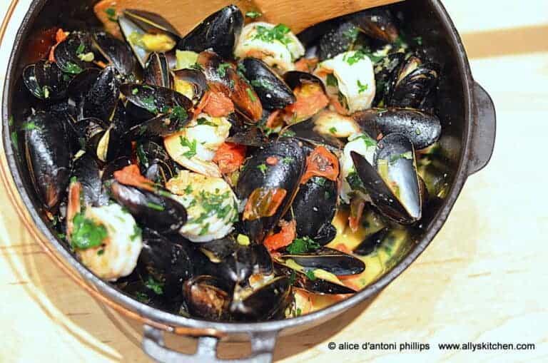 Mussels Shrimp & Pasta