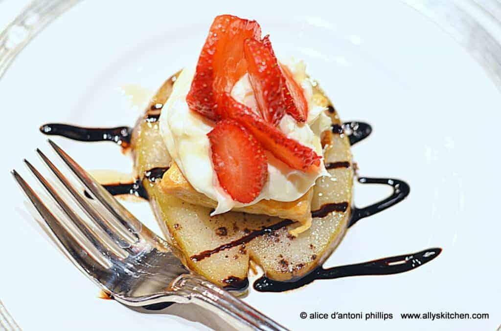 ~caramelized pear strawberry & mascarpone~