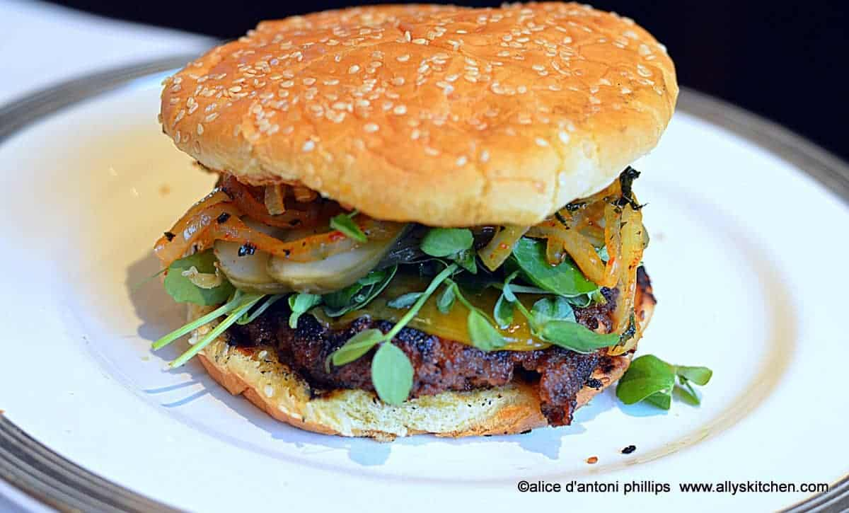 ~ottoman empire burger with roasted red pepper sauce & grilled onions~