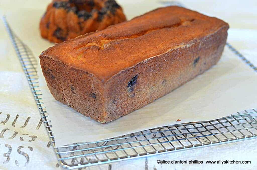 dark cherry yogurt poundcake