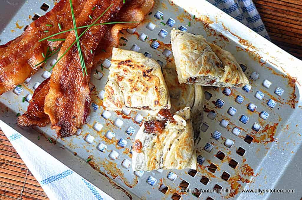 ~date & chia grilled bread with bacon & chives~