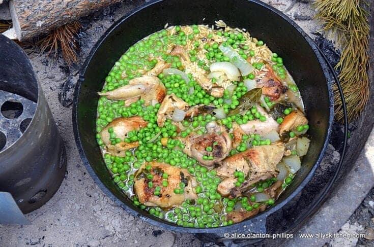 ~dutch oven garlic chicken jasmine rice & peas~
