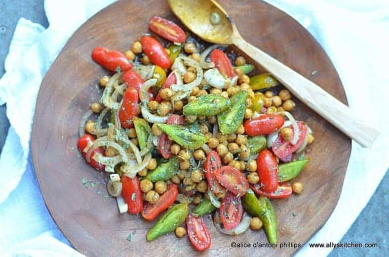 za'atar garbanzo beans & heirloom tomatoes