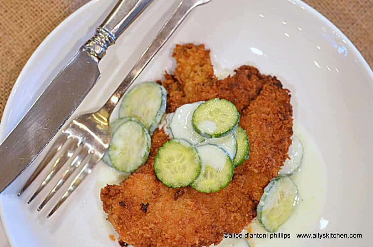 ~sweet pepper ginger panko crusted chicken with greek tzatziki sauce~
