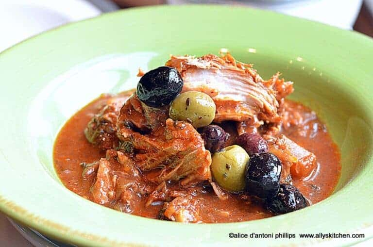 slow cooked garlic onion pork with dates & pineapple