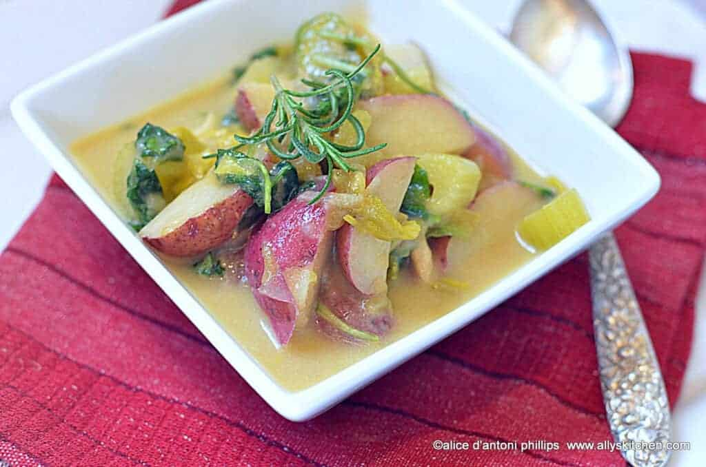 ~chunky red potato, green chili and white cheddar soup~