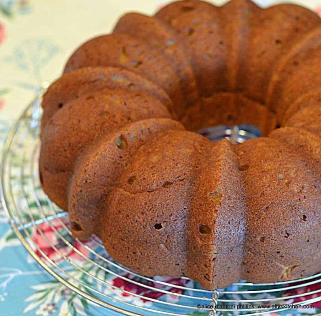 vintage pumpkin pound cake