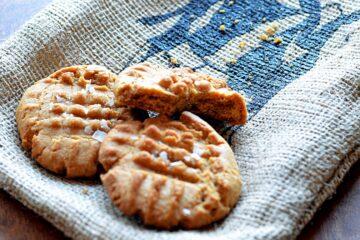 biscoff sea salt cookies