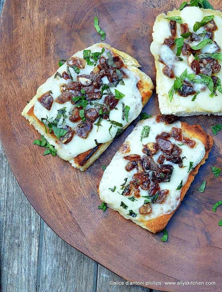 asiago cheese dates & mint toasties