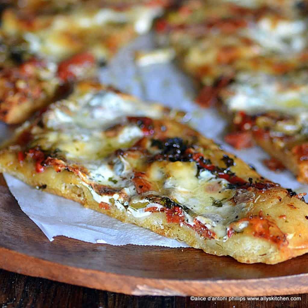 butter garlic herb pizza