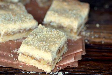 eastern european honey walnut cookies