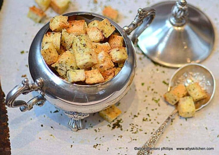 olive oil cilantro croutons