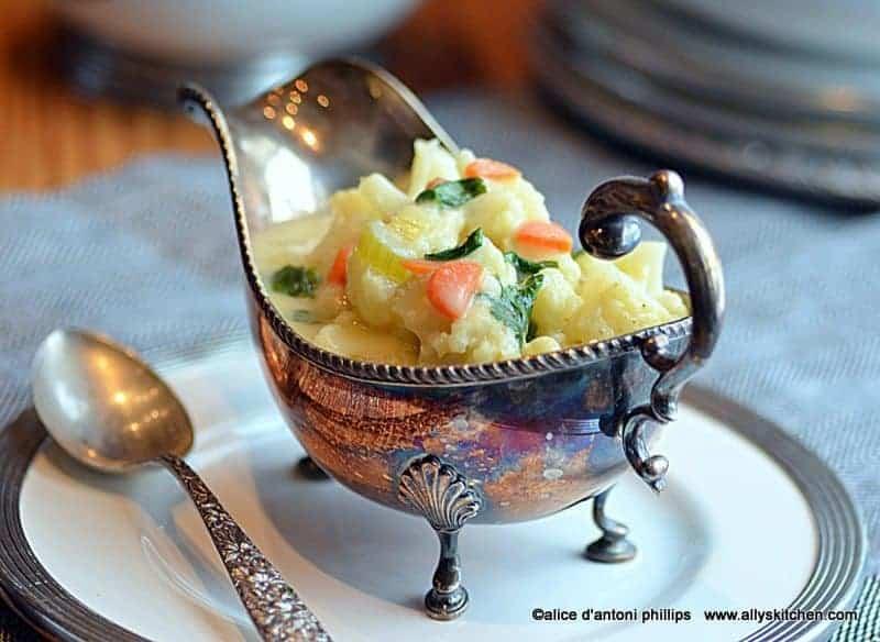creamy spicy cauliflower soup