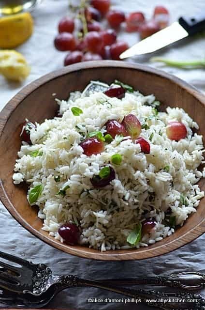 refreshing rice grape & basil salad