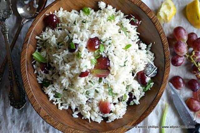 refreshing rice grape & basil salad