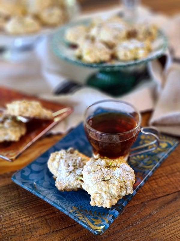 persian walnut cookies