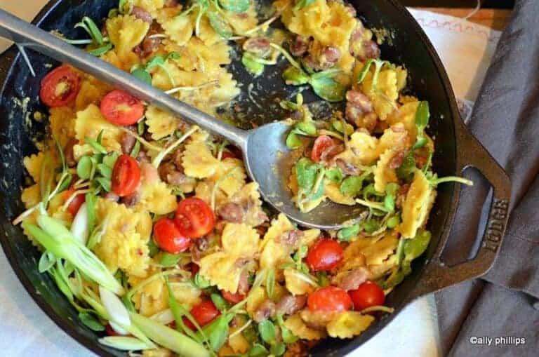 Farfalle Bean Breakfast Pasta