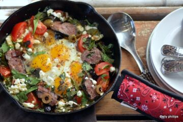 bacon dripping skillet steak & eggs