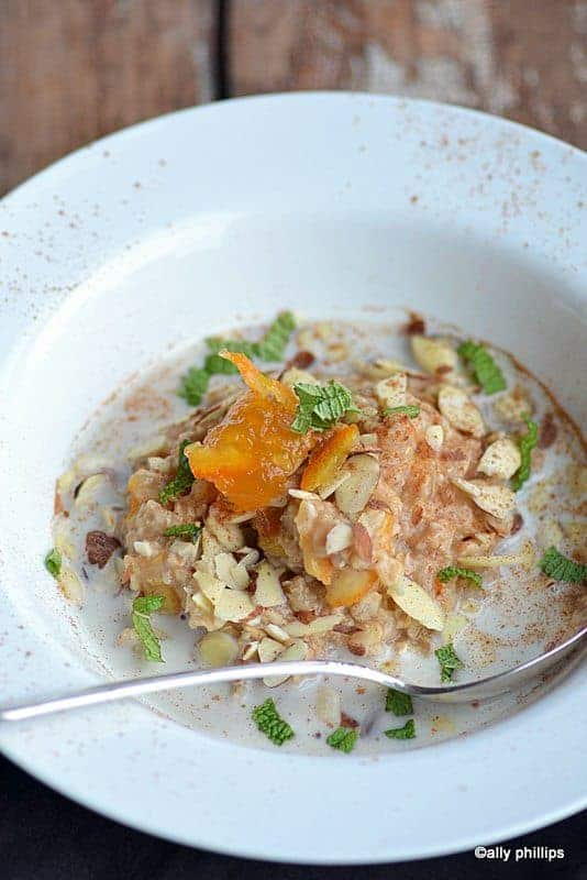 citrus marmalade oatmeal & almonds
