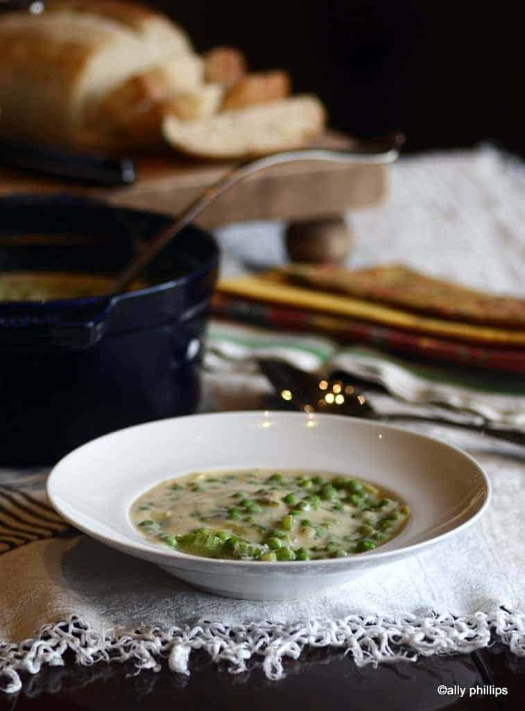 creamy parmesan pea soup