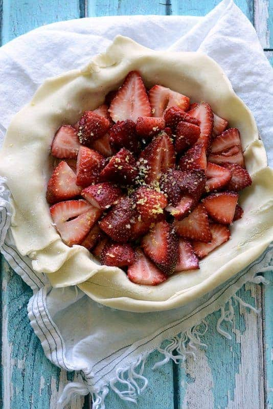 strawberry custard pie