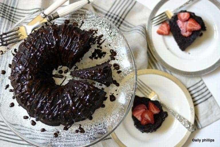 chocolate splatter bundt cake