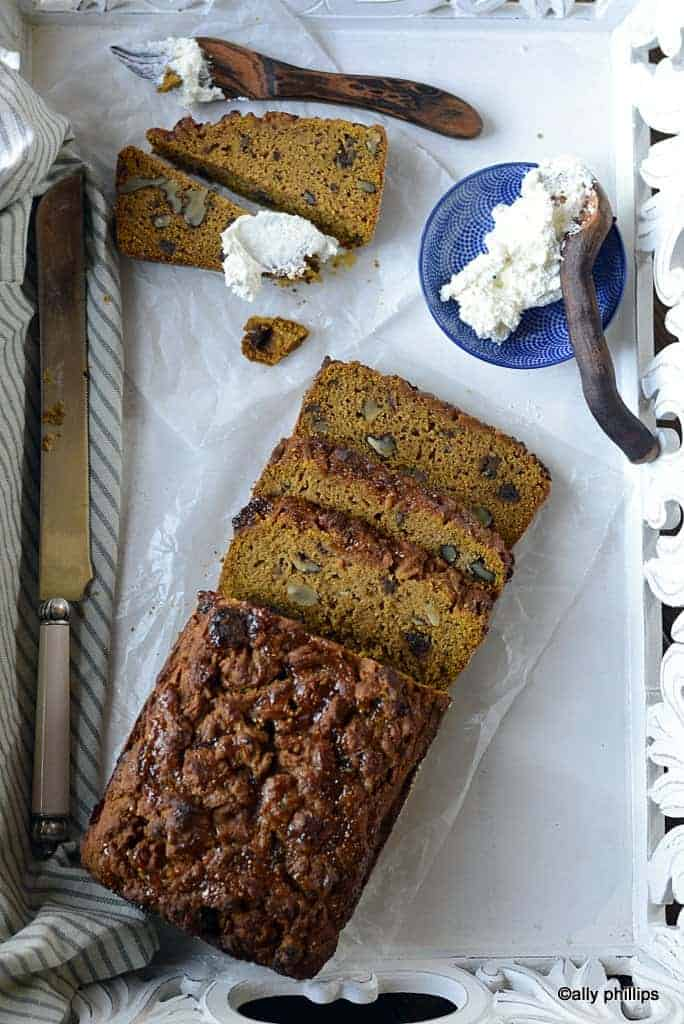pumpkin fig date nut bread