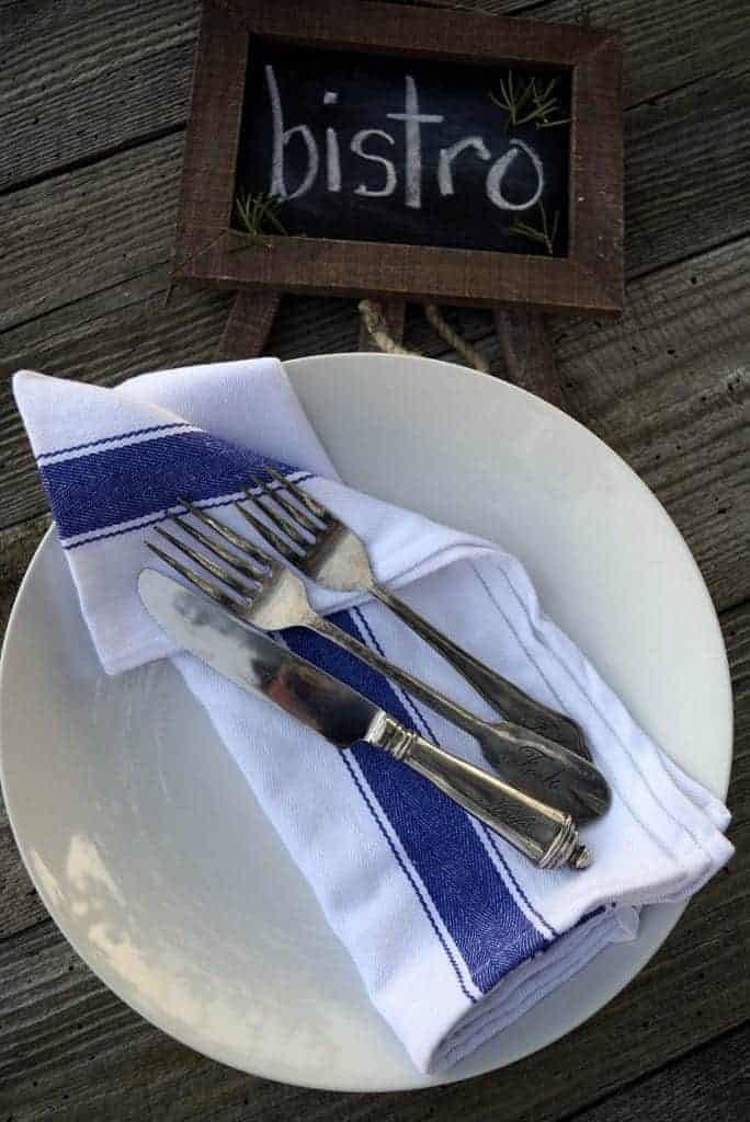 ten table looks with napkins