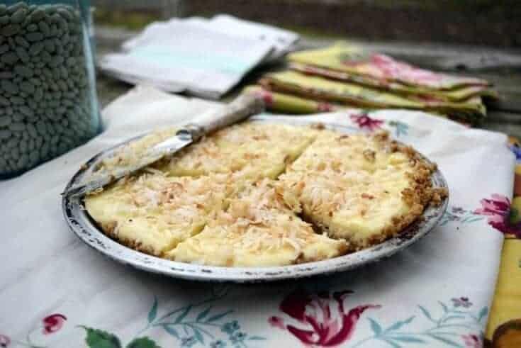 vintage graham cracker cream pie