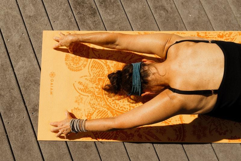 reversing aging yoga