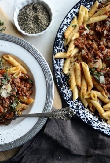 meaty pizza bolognese sauce