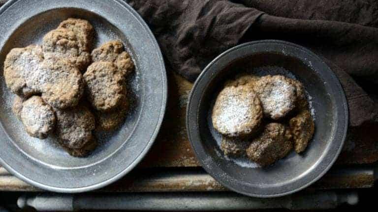 almond cinnamon tea cookies