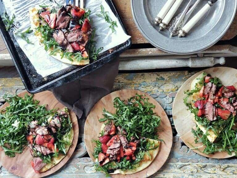 aussie lamb strawberry arugula pizza