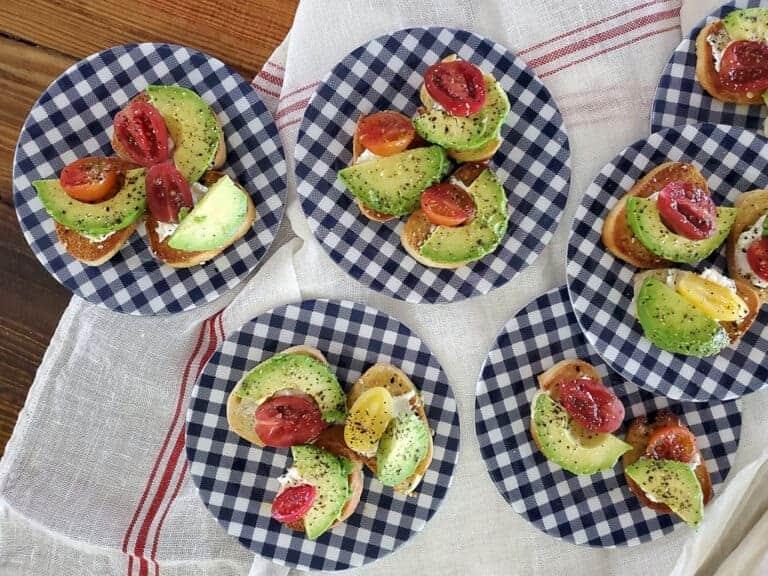 avocado breakfast crostini