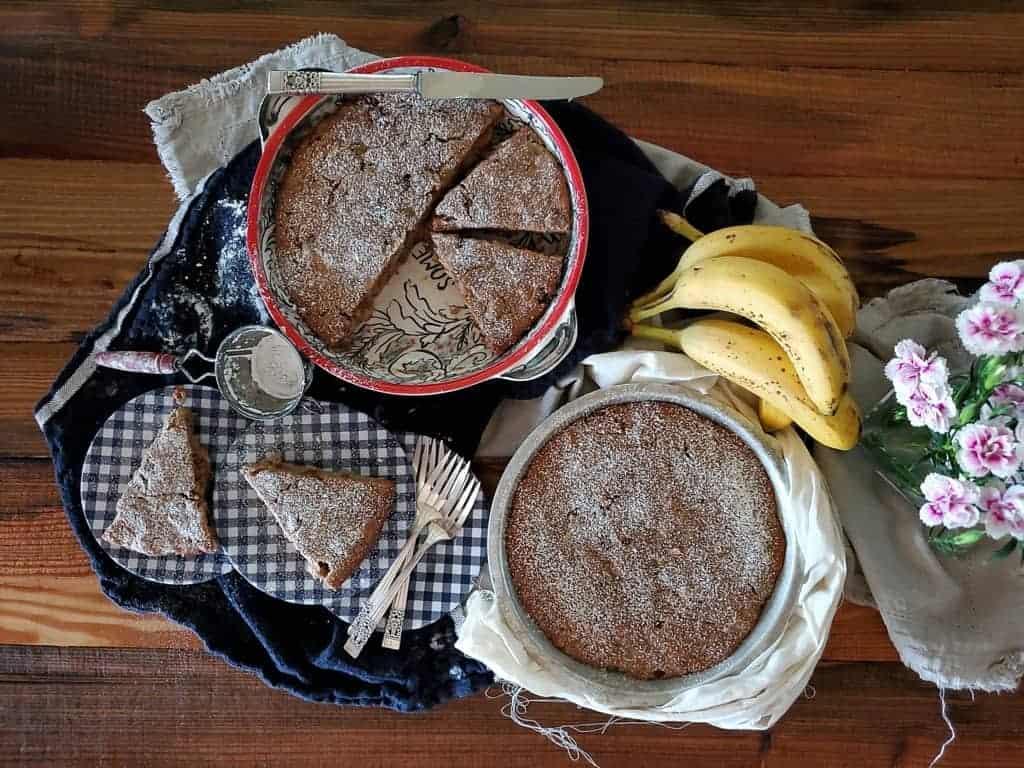 Banana Almond Pie Pan Cake