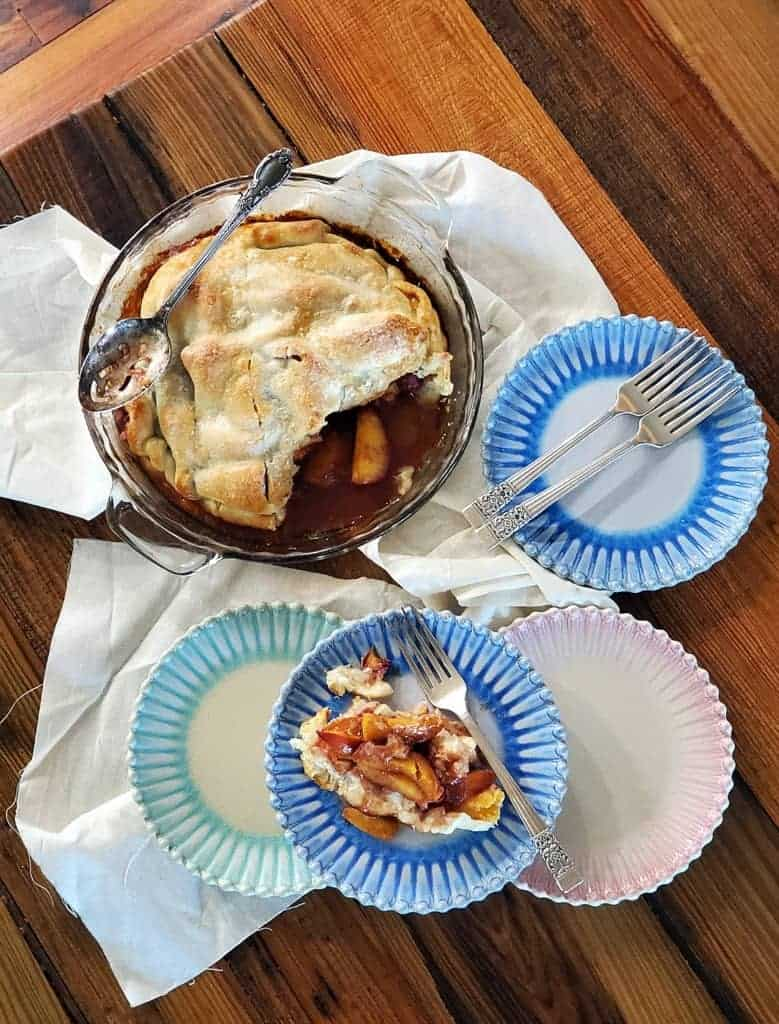 cinnamon peach pie