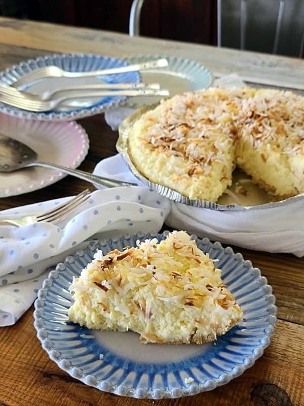 coconut cream scoop pie