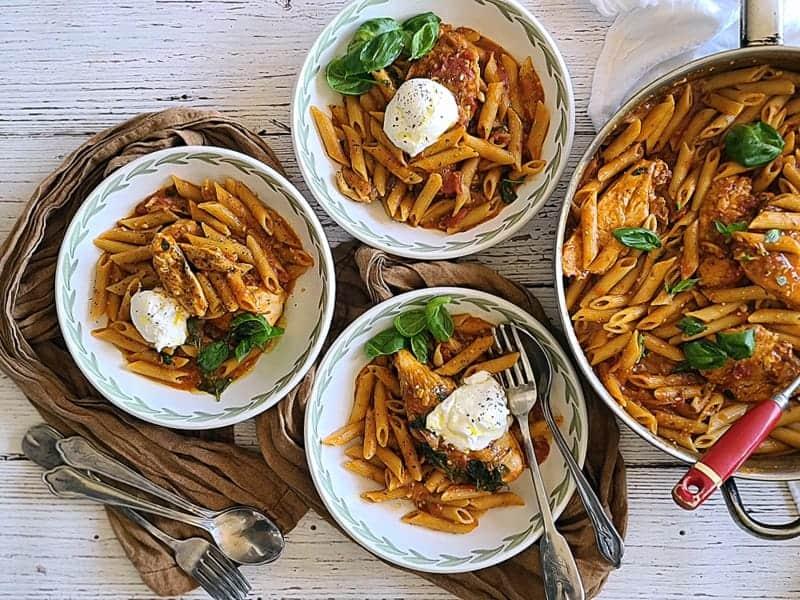 one skillet chicken pasta