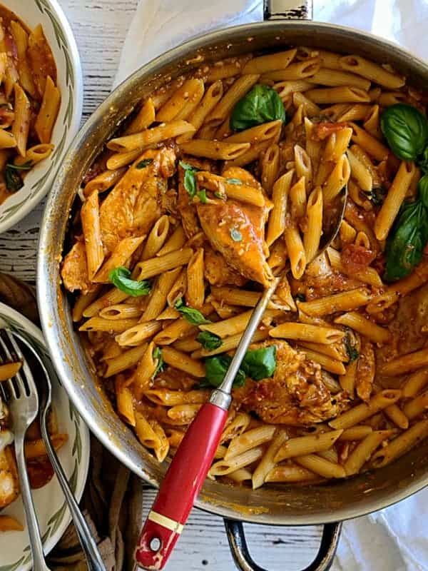 one skillet chicken pasta