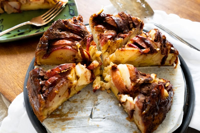 maple syrup apple cake