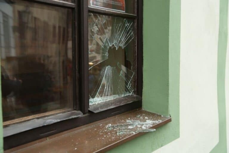 Different Ways To Repair A Window