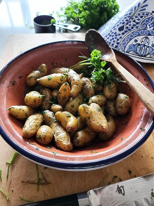 Easy Greek Fingerling Potatoes