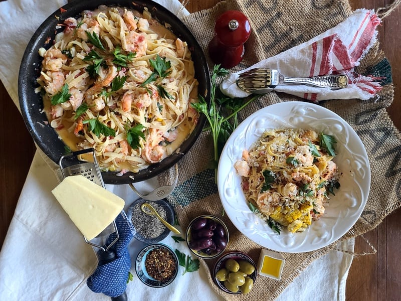 The Best 6-Ingredient Easy Shrimp Corn Pasta