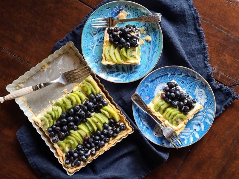 Simple 6-Ingreident Fresh Fruit Tart